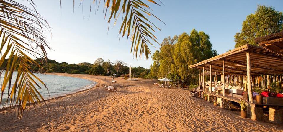 kaya mawa beach hut