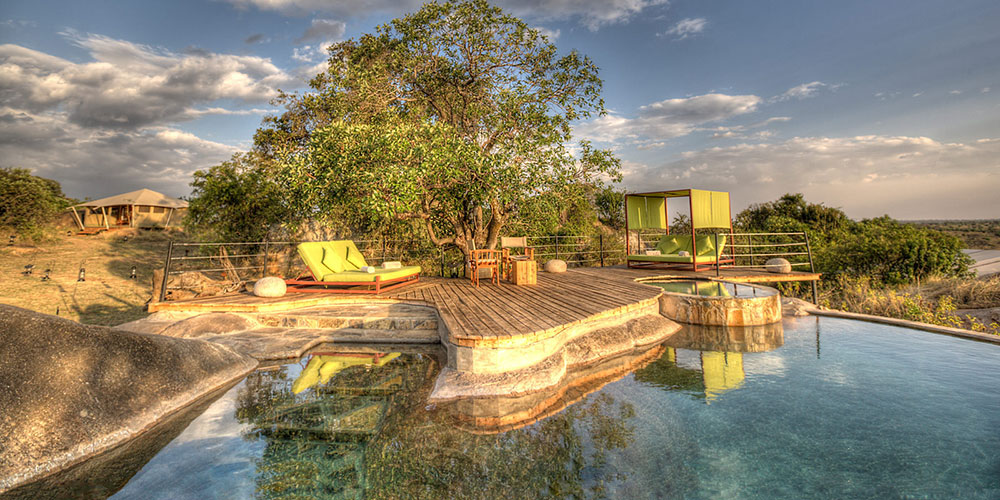Serengeti Bushtops Pool