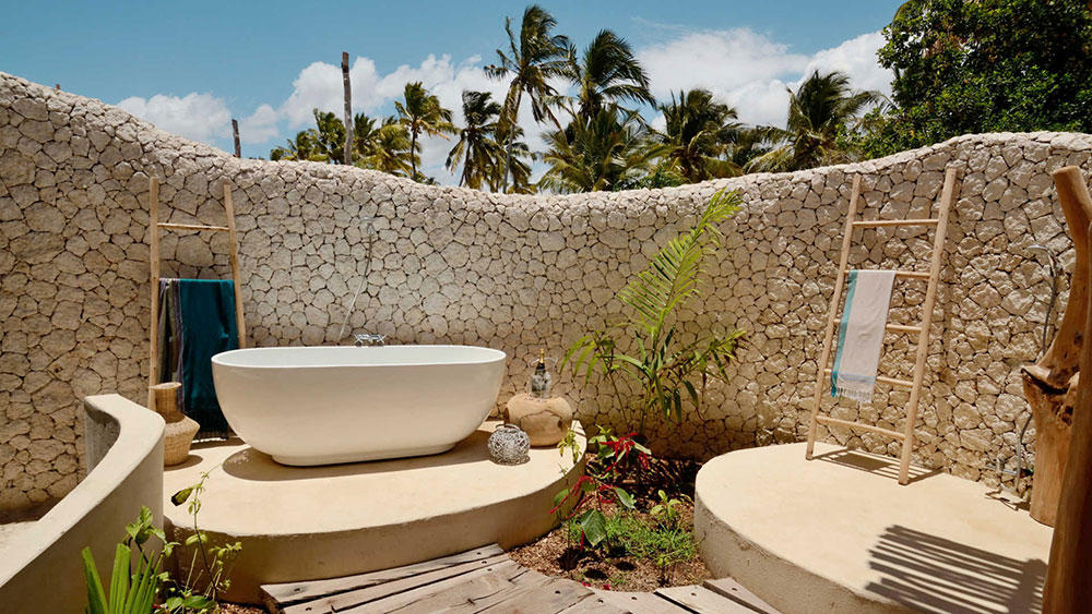 Zanzibar - White Sands - Outdoor Bath