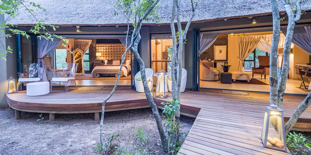 Am Lodge terrace