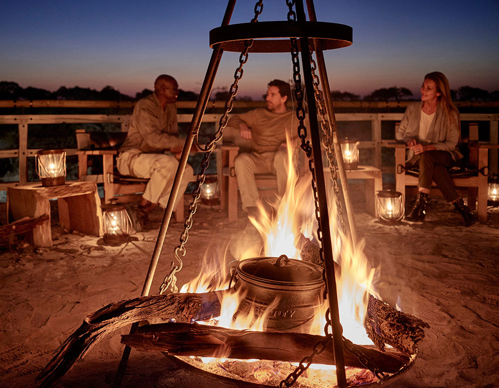 Belmond Eagle Island Lodge Firepit