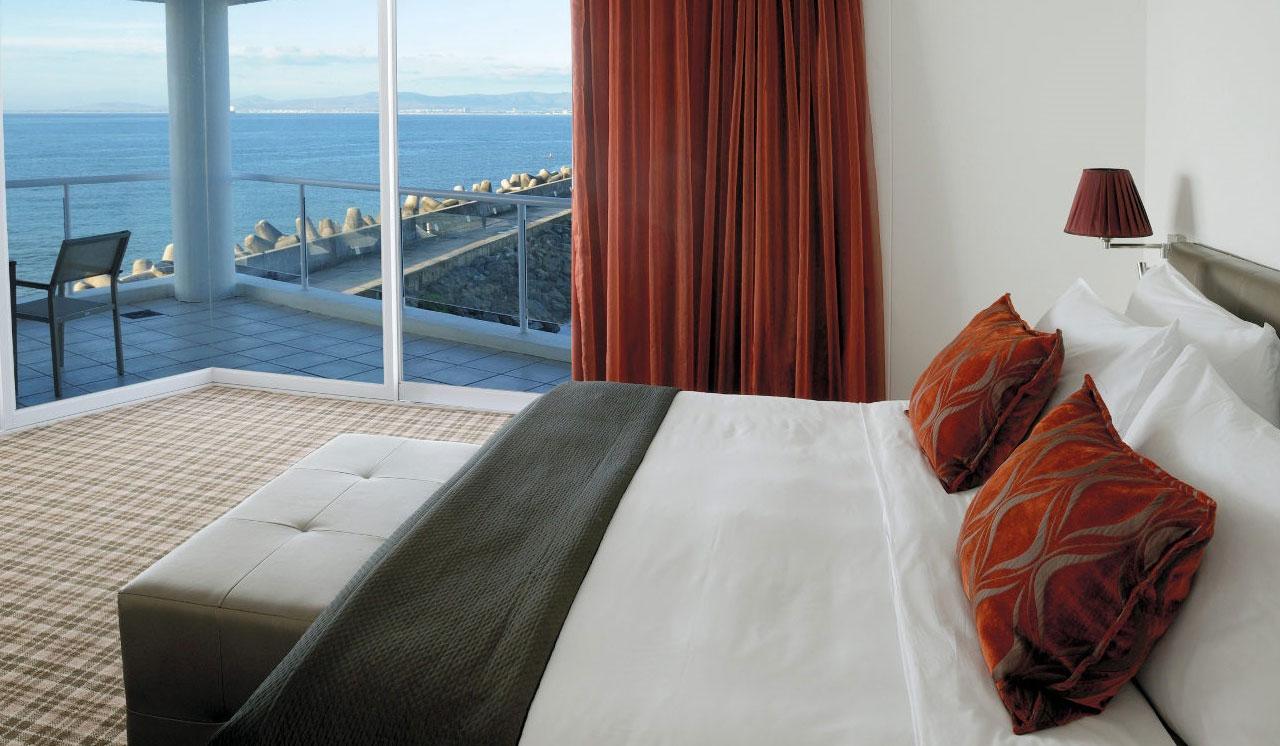 Radisson Blu Cape Town Room